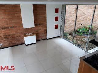 Un cuarto de baño con lavabo y ducha en Tierra Fresca