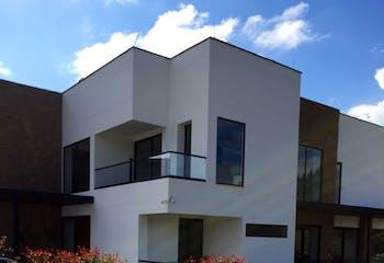 Casa en Venta en Envigado, Alto de las palmas, con 4 habitaciones