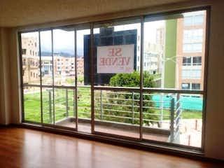Una ventana que está abierta en una habitación en Apartamento en venta en Casco Urbano Zipaquirá con Piscina...