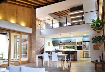 Casa en Llanogrande-Rionegro, con 4 Habitaciones - 1656 mt2.
