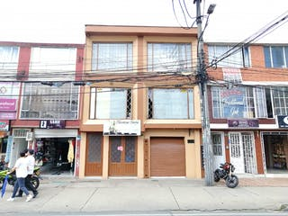 Casa en venta en Álamos Norte, Bogotá