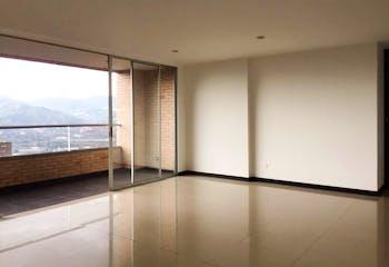 Apartamento en Venta en el Poblado - en piso alto