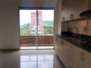 Una cocina con una ventana, un fregadero y una estufa en Apartamento en venta en Loreto, 120m² con Balcón...