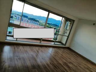 Una vista de una sala de estar desde una ventana en Apartamento en venta en Tuna Baja de 3 habitaciones
