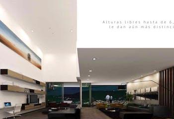 Apartamento en Venta en Poblado (Los balsos 1) cuenta con 4 habitaciones y piscina.