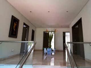 Una vista de una sala de estar y una sala de estar en Casa en venta en Los Gonzales de 760mts
