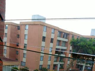 Una vista de una calle frente a un edificio en Apartamento En Venta En Bogota Suba