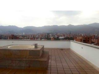 Apartamento en venta en Laureles, Medellín