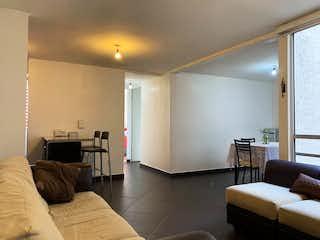Una sala de estar llena de muebles y una televisión de pantalla plana en Departamento en Venta Parque Modelo Residencial Aceptamos Créditos