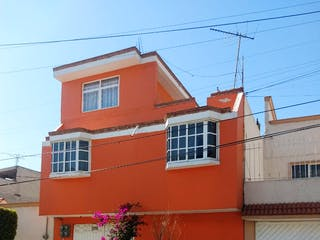 Casa en venta en Valle De Aragon, Estado de México