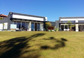 Casa en venta en Loma Del Escobero, 380m²