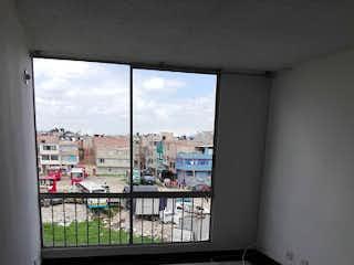 Una vista del horizonte de la ciudad desde una ventana en Apartamento en Venta BILBAO
