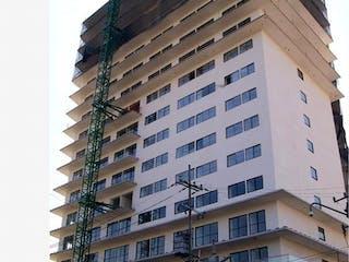 Un edificio alto sentado al lado de un edificio alto en Departamento en venta en Anáhuac 80m² con Gimnasio...
