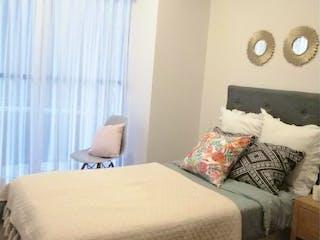Un dormitorio con una cama y una pintura en la pared en Departamento en venta en Anáhuac, 65m² con Gimnasio...