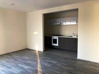 Una cocina con lavabo y microondas en Departamento en venta en Estrella de 60m² con Jardín...