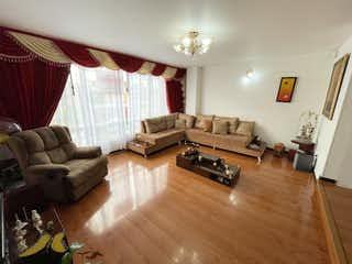 Una sala de estar llena de muebles y un suelo de madera en VENTA DE APARTAMENTO MODELIA ( FONTIBON )