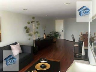 Una sala de estar llena de muebles y una planta en maceta en Casa en Venta en Del Valle Centro Benito Juárez