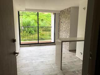 Una ventana que está en una habitación con una ventana en Apartamento en venta en Centro de 54m²