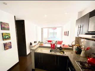 Cocina con nevera y horno de fogones en Apartamento en venta en Bella Suiza, de 55mtrs2