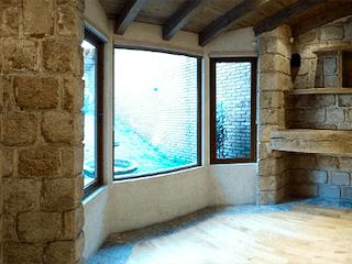 Una sala de estar llena de muebles y una chimenea en Lomas de Vistahermosa 3Rec.6 Est.Privada c/guardia. Departamento extra al jardin