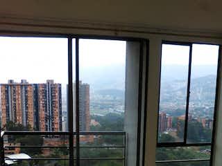 Una vista de una ciudad desde una ventana en Apartamento en venta en Rodeo Alto de 3 hab. con Piscina...