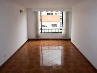 Una cocina con un gran ventanal en ella en Apartamento en venta en ándes Norte de 2 habitaciones