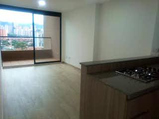 Una cocina con una estufa y un fregadero en Apartamento en venta en Virgen Del Carmen de 1 hab.