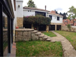 Casa en venta en Niza, Bogotá