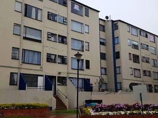 Un edificio alto con un montón de flores en él en Apartamento en venta en Santa Teresa de 45m² con Jardín...