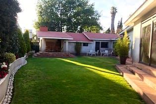 Casa en venta en Bosque de las Lomas con terraza  800 m²