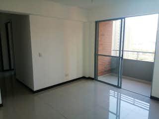 Un cuarto de baño con ducha y una ducha en Apartamento en venta en Santa Ana, 72m² con Piscina...