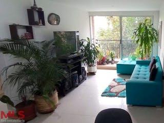 Una sala de estar llena de muebles y una televisión de pantalla plana en Parques De San Remo