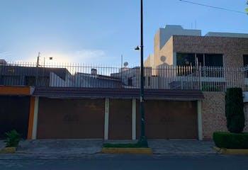 Casa en Venta Paseos de Taxqueña, Coyoacán, dos plantas