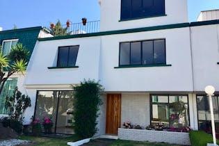 Casa en venta en San Jerónimo Lídice, 310 m² en condominio