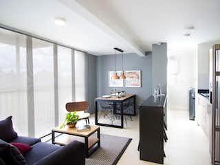 Una sala de estar llena de muebles y una mesa en Apartamento En Venta En Rionegro Fontibon, cuenta con 3 habitaciones, 2 baños.