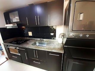 Una cocina con una estufa y un fregadero en Apartamento en venta en San Antonio Norte con Gimnasio...