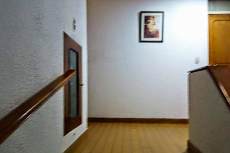Portada Apartamento En Venta Santa Teresita - Teusaquillo, cuenta con 2 habitaciones y parqueadero.