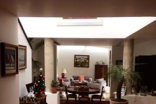 Casa en venta en San Lorenzo Acopilco, 300 m² en condominio