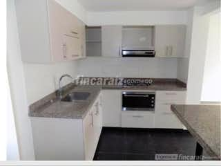 Una cocina con una estufa de fregadero y microondas en Apartamento En Venta En Cajicá Cajica