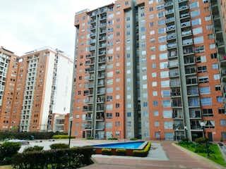Un gran edificio en medio de una ciudad en Apartamento En Venta En Bogota Pontevedra