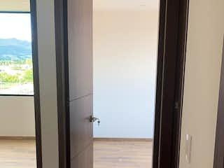 Una vista de un pasillo que conduce a un pasillo en Apartamento En Venta En Chia Cra 9Na