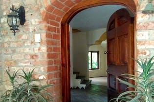 Casa en venta en San Jerónimo Lídice, 500 m² con jardín