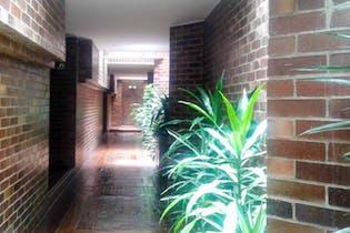 Casa En Venta En Bogota Bosque Medina-Usaquén en el primer piso.