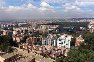 Apartamento En Venta En Bogota Bosque Medina-Usaquén, con toda la vista a bogota en la zona social y a los cerros en los cuartos.