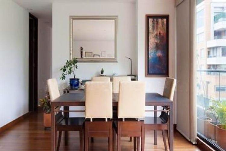 Portada Apartamento En Venta En Bogota Santa Bibiana-Usaquén tiene 3 cuartos.