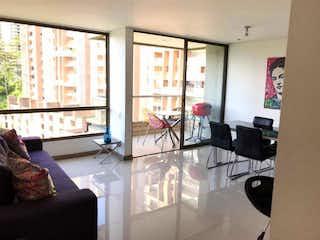 Apartamento en venta en El Tesoro de tres habitaciones