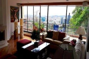Apartamento En Venta En Bogota Santa Ana Oriental-Usaquén, cuenta con 4 habitaciones y 2 garajes.