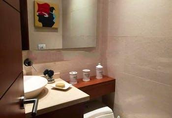 Apartamento En Bogota La Cabrera cuenta con tres habitaciones