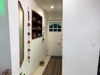 Una vista de una cocina desde el pasillo en Apartamento en venta en Palermo 90m²