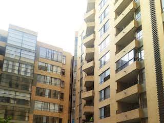 Un edificio alto sentado al lado de un edificio alto en Apartamento en Venta VILLA ALSACIA CASTILLA
